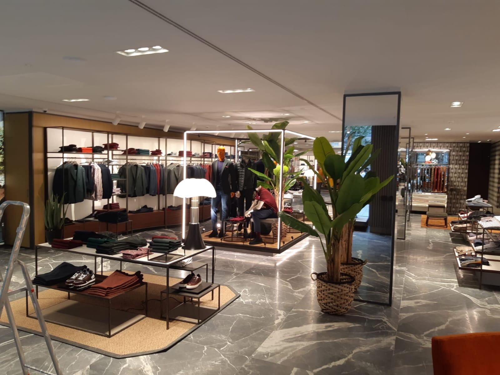 Boggi allestimento Düsseldorf Boutique