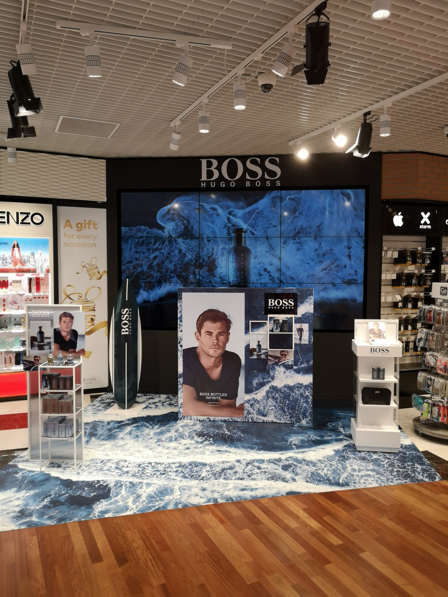 Hugo Boss Bottled Infinite, Venezia Marco Polo e Roma Fiumicino